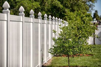 Causes and Cures to Vinyl Fence Discoloration