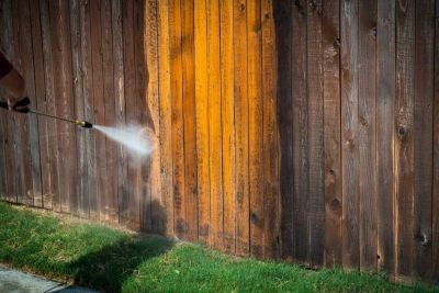 Wood Fence Maintenance and Protective Coatings for Colorado